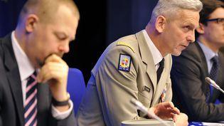 Le généralFrançois Lecointre, lors d'une conférence de presse sur la situation au Mali,le 5 mars 2013. (GEORGES GOBET / AFP)