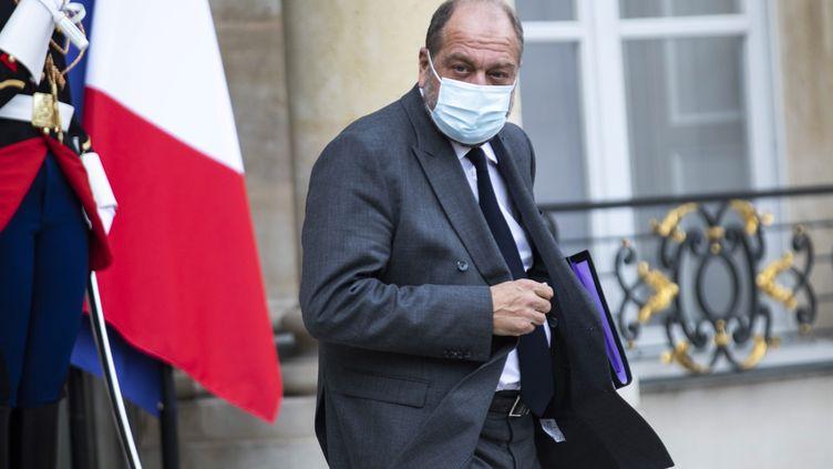 Le ministre de la Justice Eric Dupond-Moretti quittant le Palais de l'Elysée, à Paris, le 7 octobre 2020 (ALEXIS SCIARD  / MAXPPP)