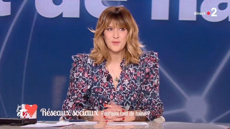 """Daphné Burki dans l'émission """"Je t'aime, etc."""", sur France 2, le 15 février 2019. (FRANCE 2)"""