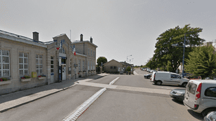 La gare de Villers-Cotterêts (Aisne), où une altercation aurait eu lieu entre un élu FN et des personnes d'origine antillaise, le 28 septembre 2014. (GOOGLE STREET VIEW)