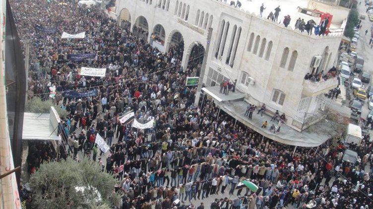 Une manifestation contre le régime de Bachar Al-Assad, le 18 novembre à Kafranbel (Syrie). (REUTERS)