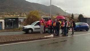 Près de 4 000 à avoir manifesté le 5 décembre, les Ariégeois se mobilisent de nouveau pour continuer la grève. (France 2)