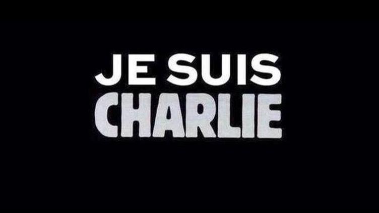 (Sur le net la mobilisation se résume à un hashtag : #JeSuisCharlie. © Capture d'écran Facebook)
