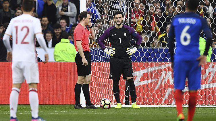 L'arbitrage vidéo a été la star de France-Espagne (FRANCK FIFE / AFP)