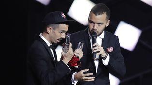 Bigflo & Oli, lors des Victoires de la musique, le 9 février 2018. (THOMAS SAMSON / AFP)
