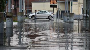La ville de Saint-Amand-les-Eaux (Nord) touchée par des orages et des inondations, le 24 mai 2018. (MAXPPP)