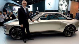 Carlos Tavares, président du directoire de PSA et futur directeur général de l'alliance avec Fiat Chrysler si la fusion se confirme, le 2 octobre 2018 à Paris. (ERIC PIERMONT / AFP)