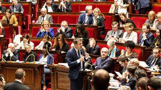 Le ministre de la Santé, Olivier Véran, s'exprime devant l'Assemblée nationale, le 3 mars 2020. (AMAURY CORNU / HANS LUCAS / AFP)