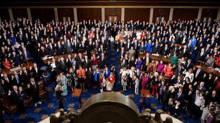 Les membres de la Chambre des représentants pendant la première session du 116e Congrès, le 3 janvier 2019 à Washington DC. (BRENDAN SMIALOWSKI / AFP)