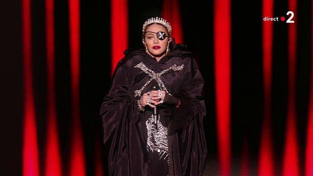 Eurovision : Madonna chante sur scène à Tel Aviv