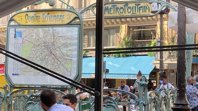 Quartier du Quatre-septembre à Paris (2è). (INGRID POHU / RADIO FRANCE)
