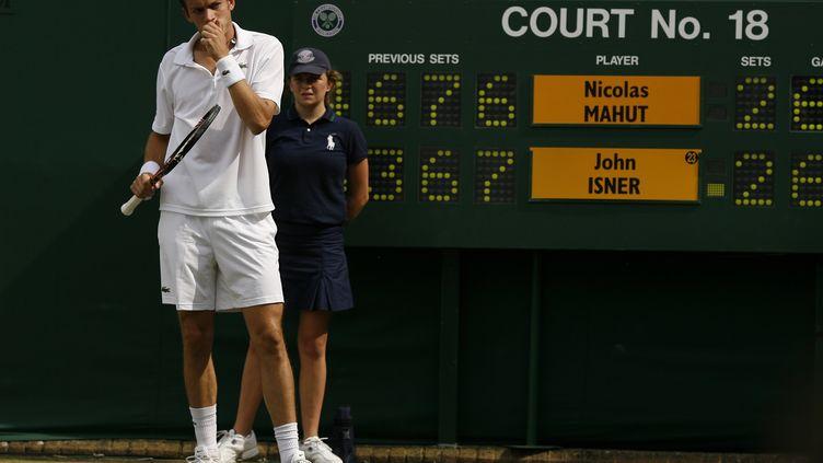 Le Français Nicolas Mahut lors du match historique qui l'opposa à l'Américain John Isner en 2010 à Wimbledon. (GLYN KIRK / AFP)