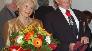Edgard Tupët-Thomé et son épouseGeneviève Tupët-Thomé à Binic (Côtes-d'Armor), où ils résidaient, le 5 juin 2010. (MAXPPP)