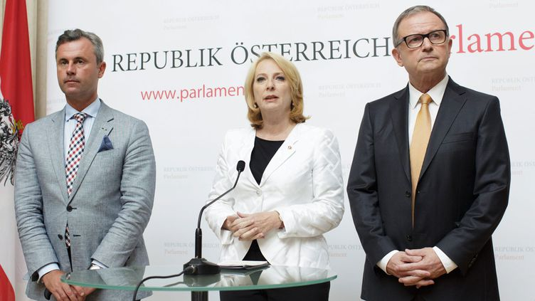 (Norbert Hofer, Doris Bures et Karlheinz Kopf vont assurer la présidence par intérim en Autriche avant une nouvelle élection © MaxPPP)