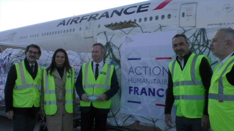 Les premiers avions de fret humanitaire français viennent de se poser à Erevan. (27 novembre 2020) (ERIC BIEGALA / RADIO FRANCE)