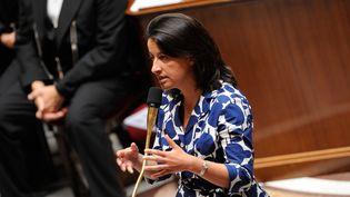 Cécile Duflot, ministre du Logement, porte une robe à motifs, à l'Assemblée nationale (Paris), le 17 juillet 2012. (WITT / SIPA)