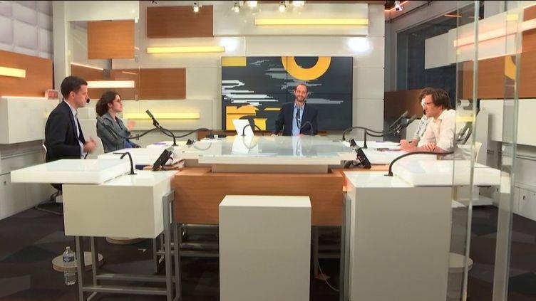 David Dauba présente les informés sur franceinfo, le vendredi 11 septembre 2020. (FRANCEINFO / RADIOFRANCE)