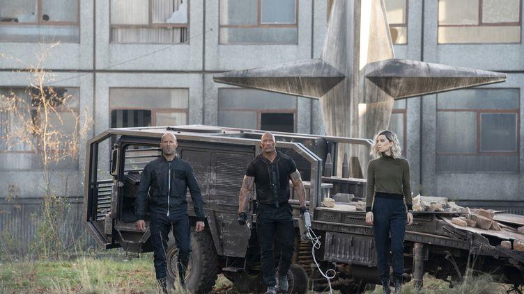 "Jason Statham, Dwayne Johnson et Vanessa Kirby dans ""Fast & Furious : Hobbs & Shaw"" deDavid Leitch (DANIEL SMITH / Universal)"