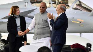 Lors de la cérémonie marquant la livraison du premier des 36 avions de combat Rafale destinés à l'Inde, le 8 octobre 2019 à l'usine Dassault Aviation de Mérignac (photo d'illustration). (GEORGES GOBET / AFP)