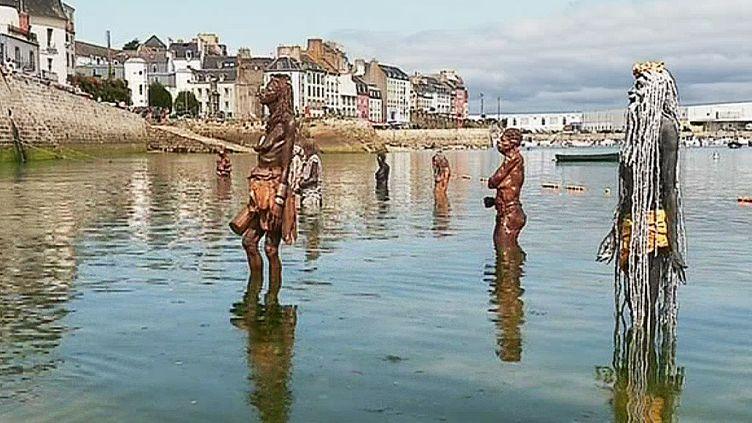 Les statues englouties de Lionel Ducos à Douarnenez  (France 3 / Culturebox)