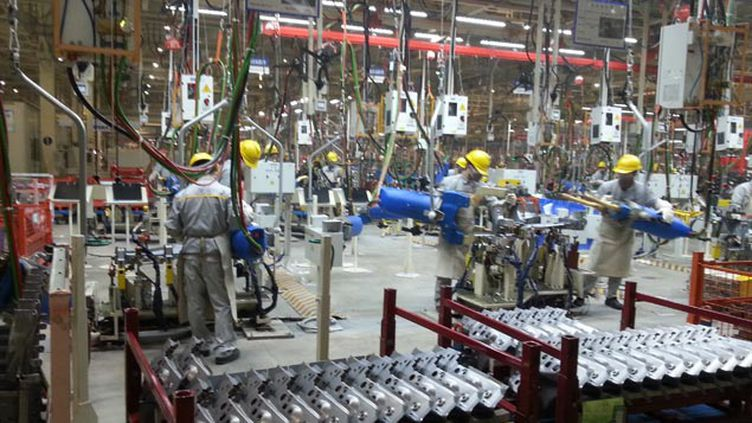 (L'usine Dongfeng-Renault va commencer par produire 150.000 véhicules par an © RF/ Guillaume Gaven)