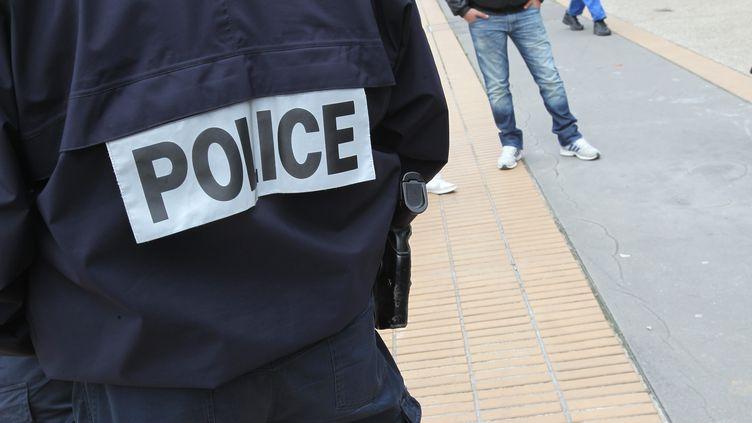 Un policier âgé de 47 ans a été gravement blessé lors d'une intervention, mardi 26 juin au soir à Amiens. (Illustration) (FRED HASLIN / MAXPPP)
