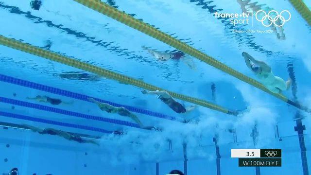 """Pas de médaille pour Marie Wattel sur le 100 mètres papillon ! Dans le coup à 25 mètres de l'arrivée, elle craque et termine sixième en 56""""27.La Canadienne Margaret MacNeil est sacrée."""