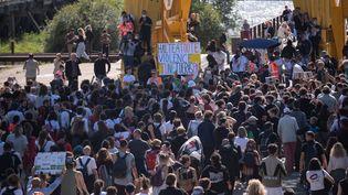 """Plusieurs milliers de personnes ont participé à une marche réclamant """"justice pour Steve"""" Maia Caniço, dimanche 21 juin 2020 à Nantes (Loire-Atlantique). (ESTELLE RUIZ / HANS LUCAS / AFP)"""