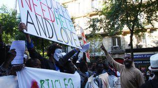 Une manifestation de soutien aux migrants à Paris, le 16 juin 2015 (SEVGI / SIPA)