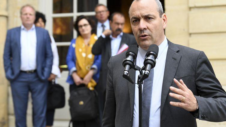 Le numéro 1 de la CFDT, Laurent Berger, vendredi 17 juillet 2020 dans la cour de l'hôtel Matignon, à Paris. (BERTRAND GUAY / AFP)