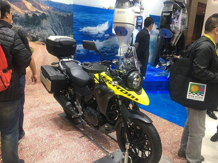 Enfin une nouvelle version de la Suzuki V-Strom. (SERGE MARTIN FRANCE INFO)