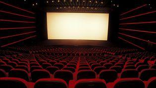 Un cinéma Gaumont, à Paris. (ALAIN BENAINOUS / GAMMA-RAPHO VIA GETTY IMAGES)