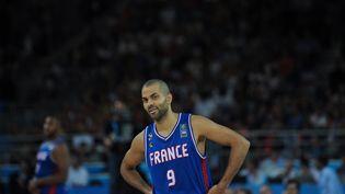 Tony Parker, le 10 septembre 2015, lors du match de poules de l'Eurobasket contre Israël, à Montpellier (Hérault). (PASCAL GUYOT / AFP)