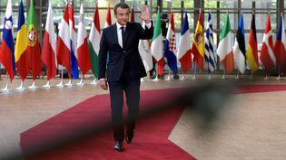 Emmanuel Macron à son arrivée au Conseil européen de Bruxelles, le 22 juin 2017 (ERIC VIDAL / REUTERS)