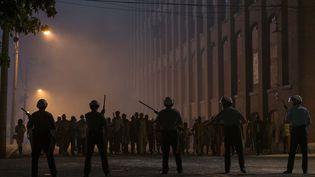 Extrait du film Detroit de Kathryn Bigelow, relatant les émeutes raciales de 1967 dans cette ville américaine. (MARS FILMS)