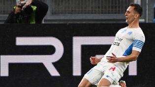 Arkadiusz Milik célèbre son premier but contre Angers en Ligue 1, le 16 mai 2021. (CHRISTOPHE SIMON / AFP)