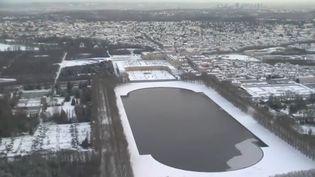 Les jardins du château de Versailles (Yvelines) sous la neige (CAPTURE D'ÉCRAN FRANCE 3)
