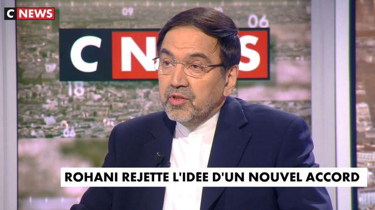 L'ambassadeur d'Iran en France, Abolghassem Delfi, sur le plateau de CNews à Paris, le 26 avril 2018.  (CNEWS)