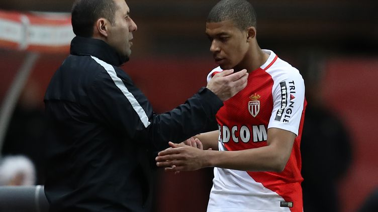 Leonardo Jardim a loué la bonne prestation de Kylian Mbappé (VALERY HACHE / AFP)
