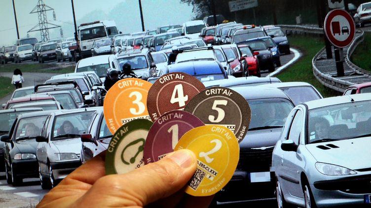 Les vignettes Crit'Air, du véhicule le moins polluant (vignette verte ou 0) au véhicule le plus polluant (vignette 5).  (MAXPPP)