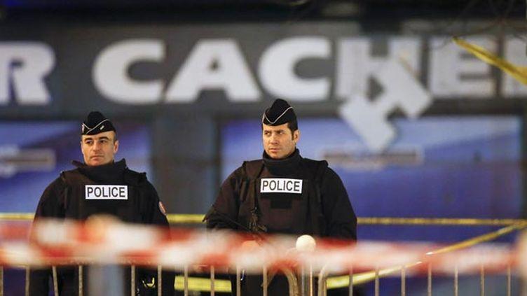 (Deux mois après la attentats de Paris, l'enquête tente toujours de percer les secrets des tueurs © MaxPPP)