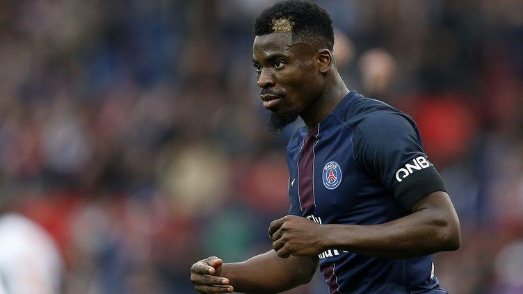 L'Ivoirien Serge Aurier sous le maillot du Paris SG. (BENJAMIN CREMEL / BENJAMIN CREMEL)