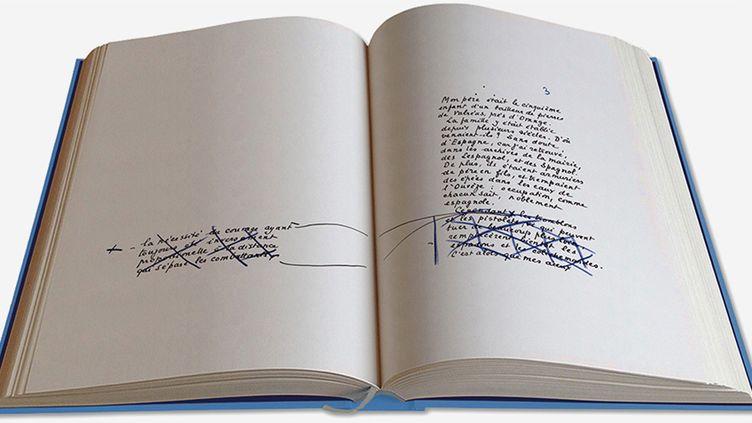 """Reproduction du manuscrit de """"La Gloire de mon père"""" de Marcel Pagnol.  (Editions des Saint Pères)"""