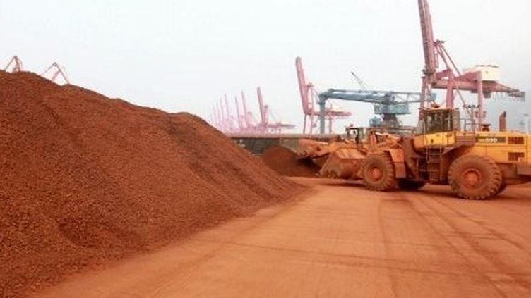 Terres rares chinoises destinées à être exportées au Japon. (AFP/Xie zhengyi / Imaginechina)