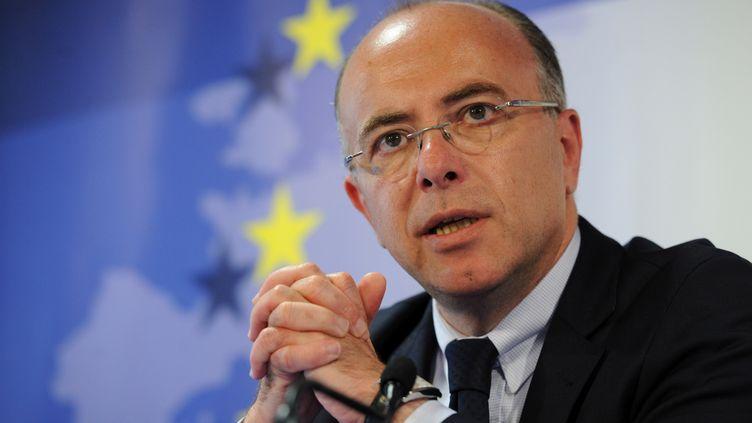 Le ministre des Affaires européennes, Bernard Cazeneuve, au siège de l'Union européenne à Bruxelles, le 29 mai 2012. (JOHN THYS / AFP)