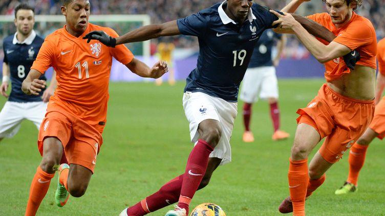 Paul Pogba et l'Equipe de France retrouveront les Pays-Bas lors des qualifications pour le Mondial 2018.  (DAMIEN MEYER / AFP)