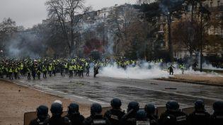 """La mobilisation des """"gilets jaunes"""" le 1er décembre 2018 à Paris. (ABDULMONAM EASSA / AFP)"""