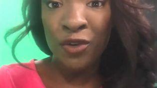 Cécile Djunga débonce dans une vidéo postée sur Facebook les messages racistes dont elle est la cible/ (CECILE DJUNGA / FACEBOOK)