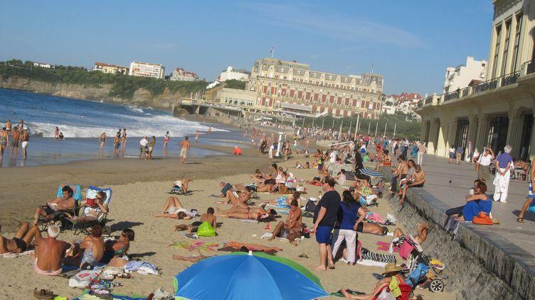 La Grande Plage, à Biarritz (Pyrénées-Atlantiques), le 18 octobre 2013. (  MAXPPP)