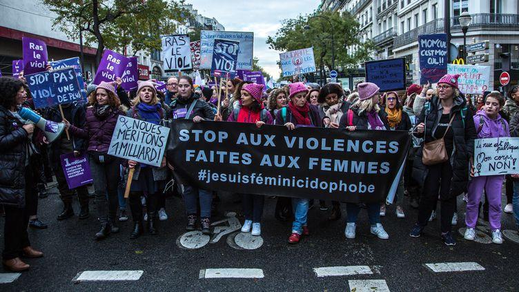 A deux jours de la fin du Grenelle des violences conjugales, des milliers de personnes avaient manifesté contre ce fléau en France, le 23 novembre 2019 à Paris. (SADAK SOUICI / LE PICTORIUM / MAXPPP)